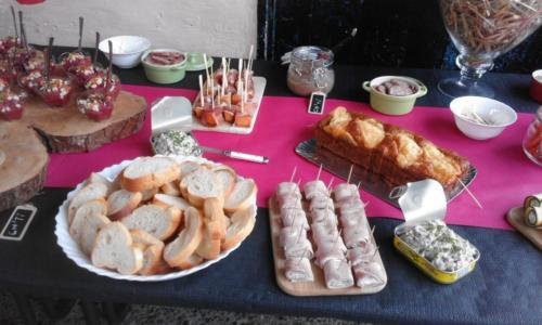 buffet dînatoire en salle des fêtes