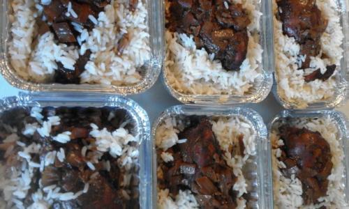 escalopes de dinde de licques marinées sauce chicorée ,riz